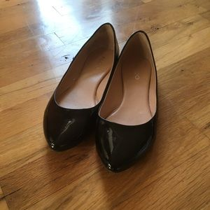 Aldo black patent pointed flats 8.5